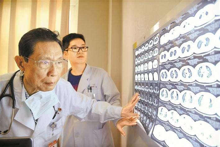 钟南山:不能靠集体免疫,疫苗是解决新冠肺炎的根本