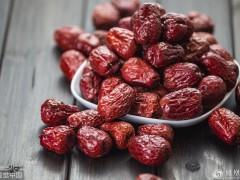 红枣和它一起泡,每天一杯,身体内湿气消,脸色更红润!