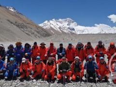 2020珠峰高程测量登山队再出发 5月22日为攻顶日